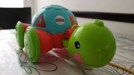 Tortuga con piolin de arrastre. FISHER-PRICE