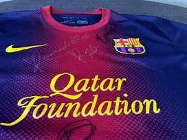 Camiseta fc barcelona autografiada por leyendas del club catalan