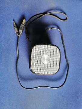 Parlante bluetooh portable recargable