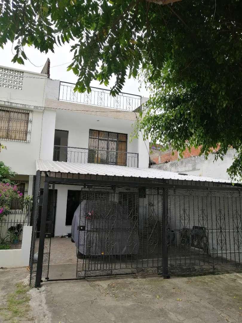 Se Alquila Casa 2do Piso en Barrio Las Acacias