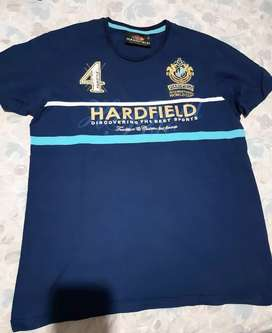 Remera Harfield Impecable