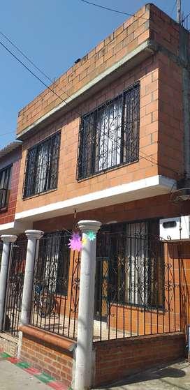 Se vende casa unifamiliar en el barrio vallegande