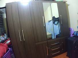 Ropero armario de 8 puertas con espejos Elegante