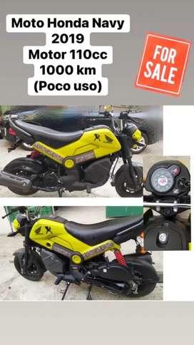 Moto Honda Navy seminueva