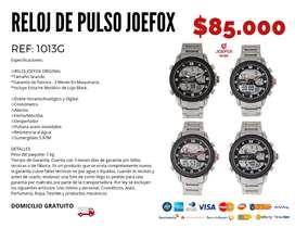 Varios estilos de relojes de pulso