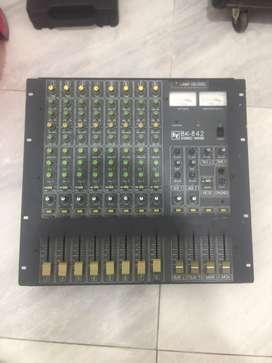 Consola de 8 canales