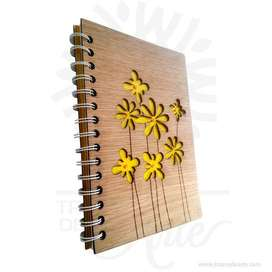 """Cuaderno """"Flores"""" madera para personalizar - Precio COP"""