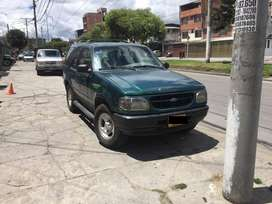 VENDO PERMUTO FORD EXPLORER 99