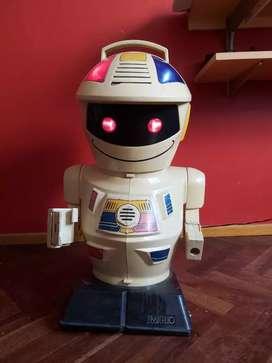 Robot Emiglio años 90. Escucho ofertas