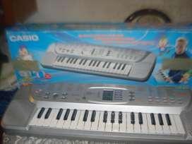 Teclado Casio Sa 75 C/caja Prende No Da Sonido No Envio