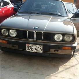 VENDO BMW 318i 4 puertas autormatico