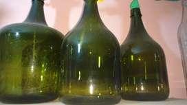 Vendo frascos d vidrio varios,copas,todo para la cocina