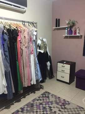 Vendo negocio de alquiler de vestidos completo