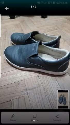 Zapatos número 40