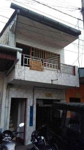 Vendo Inmueble de Dos Pisos. Zona Centro