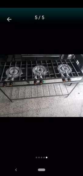 Estufa de 3 puestos en ángulo con quemador sellado