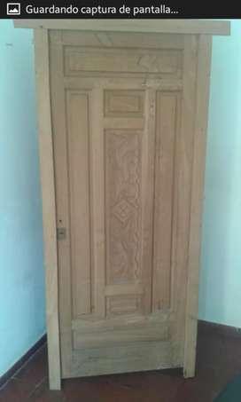 Vendo puerta de cedro brasilero