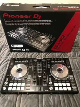 Controlador Pioneer DDJ-SR2
