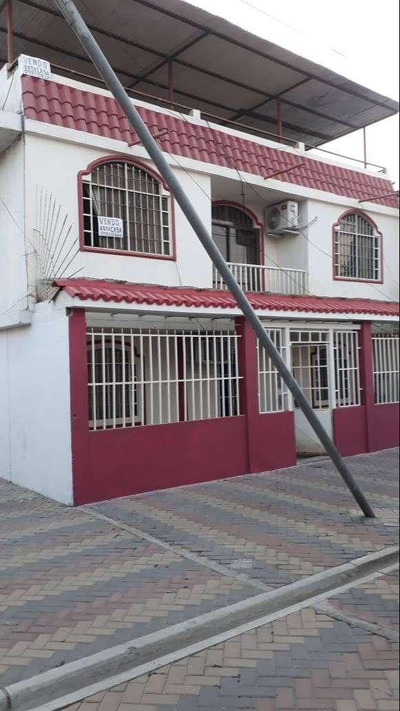 EN VENTA - CIUDADELA EL RECREO - DURÁN : CASA ESQUINERA 4 HABITACIONES CON TERRAZA CUBIERTA 0