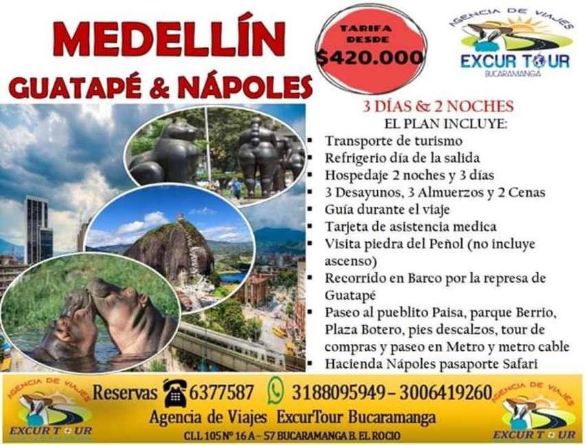 Tour Medellín, Guatapé Nápoles 0