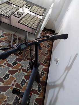 Bicicleta eléctrica importada