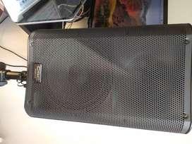 Cabinas QSC k10 1kw 90 active loudspeaker