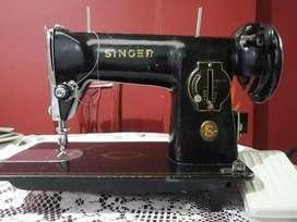 Vendo Máquina De Coser Singer Como Nueva