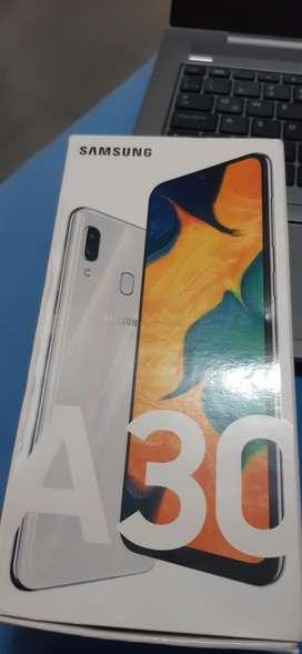 Celular Samsung A30 64Gb