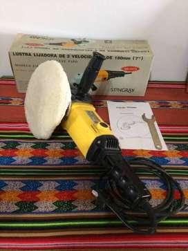 Lustra Lijadora de 180 mm Marca Stingray 2 velosidades 1900 y 3400 RPM Poco uso