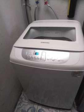 De oferta vendo lavadora un solo dueño