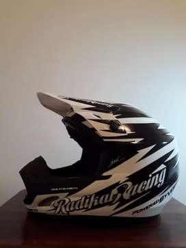 Casco Cross Radikal Racing