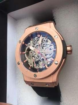 Hermoso reloj automatico en promocion