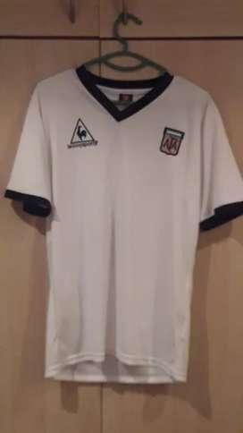 Camiseta argentina 81 .85 (alternativa)