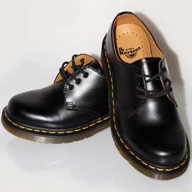 Dr Martens 1461 Black Smooth