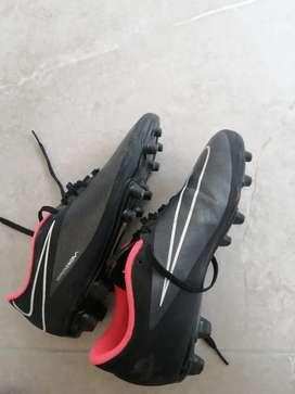 Zapatos usados nike pupos  talla 7.5
