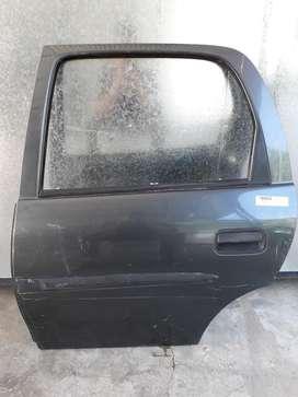Puerta Trasera Izq. Chevrolet Corsa