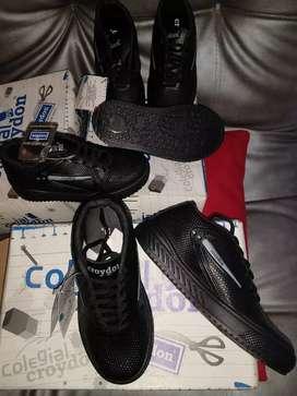 Zapato negro colegio