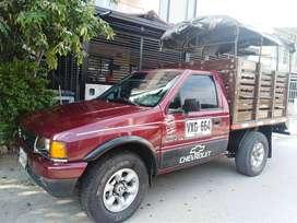 Vendo camioneta chevrolet luv 2300