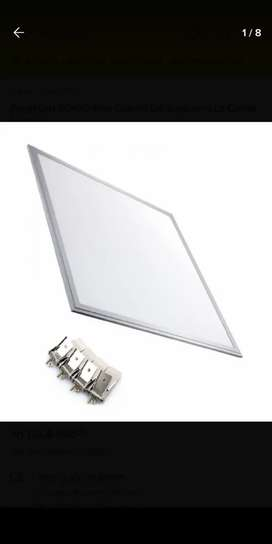 Placa LED de 48w marca lucciola medidas 60x60