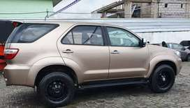 Vendo Flamante Toyota Fortuner 2.7 4x4