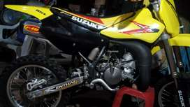 Vendo RM-85L, Suzuki 2012, como nueva.