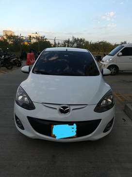 Vendo Mazda 2