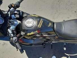 Vendo motocicleta barata en buenas condiciones con soat y tecno hasta septiembre, tal y como esta en las fotos