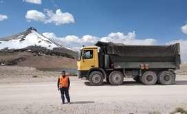 Alquiler de Dos Volquetes para obra obras y servicio de transporte de mineral y insumos quimicos.