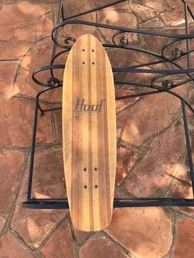 Longboard con tabla de bambu