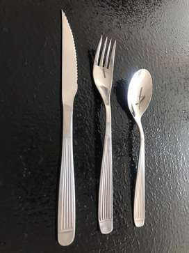 OPORTUNIDAD! Vajilla para restaurantes o eventos.