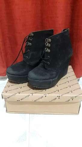 Vendo  calzado de mujer talle 36