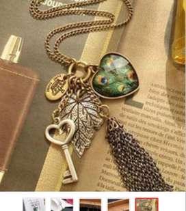 Collar pluma de pavo real