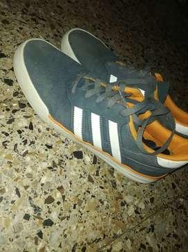 Zapatillas Adidas Originals Buen Estado