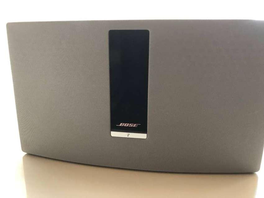 Bose SoundTouch 30 WIFI, BLUETOOTH, AUX perfecto estado